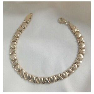 Jewelry - 10k solid gold bracelet